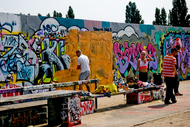 repaint the berlin wall 02
